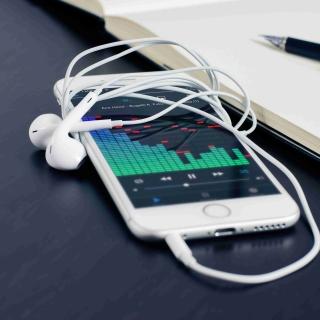 Indian Android smartphone - Obrázkek zdarma pro iPad 3