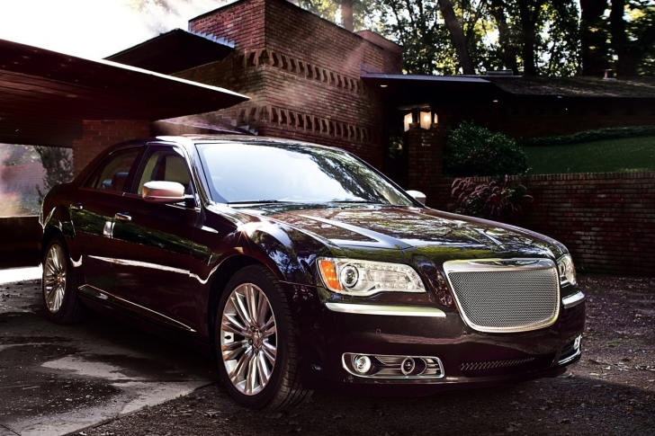 Chrysler 300 2012 wallpaper