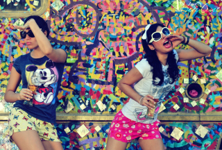 Graffiti Girl Background for Android, iPhone and iPad