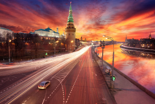 Red Sunset Over Moscow Kremlin Background for Android, iPhone and iPad