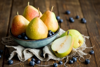 Free Pears Picture for Android, iPhone and iPad