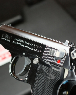 Carl Walther Waffenfabrik 380 ACP Automatic Colt Pistol - Obrázkek zdarma pro Nokia Asha 503