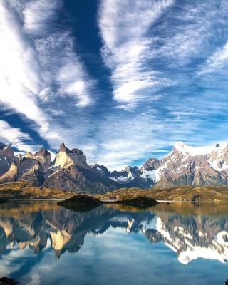 Chilean Patagonia - Obrázkek zdarma pro Nokia 300 Asha