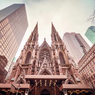 St Patricks Cathedral In New York - Obrázkek zdarma pro iPad