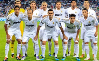Real Madrid Team Background for Android, iPhone and iPad