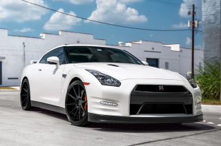 Free Nissan GT-R Photo Picture for Android, iPhone and iPad