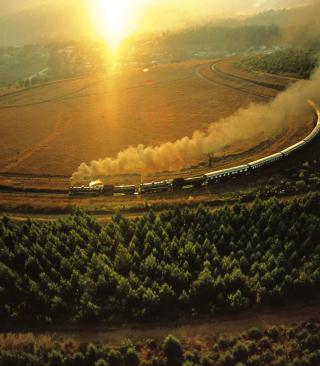 Train On Railway - Obrázkek zdarma pro Nokia X7