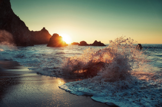 Ocean Wave Picture for Android, iPhone and iPad