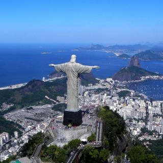 Christ the Redeemer statue in Rio de Janeiro - Obrázkek zdarma pro 208x208