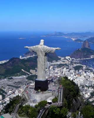 Christ the Redeemer statue in Rio de Janeiro - Obrázkek zdarma pro 320x480