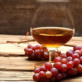 Cognac and grapes - Obrázkek zdarma pro 208x208