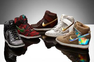 Nike Fashion Sport Shoes - Obrázkek zdarma pro Nokia X5-01
