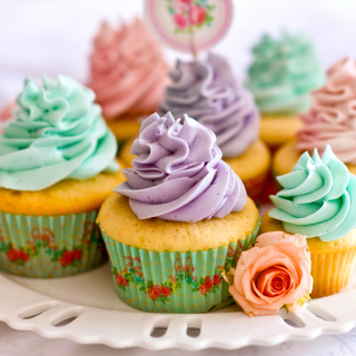 Birthday Cupcakes - Obrázkek zdarma pro 320x320