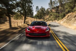 2014 Red Chevrolet Corvette Stingray - Obrázkek zdarma pro Motorola DROID