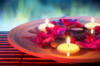 Free Petals, candles and Spa Picture for Android, iPhone and iPad