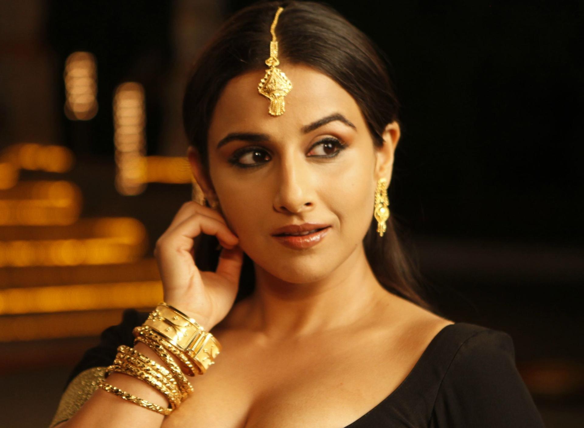 Koimoi - Bollywood News, Box Office, Movie Reviews and Photos Bollywood film stars photos