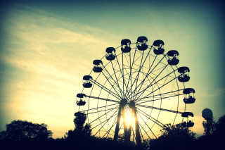 Sunlight Through Ferris Wheel Background for Android, iPhone and iPad