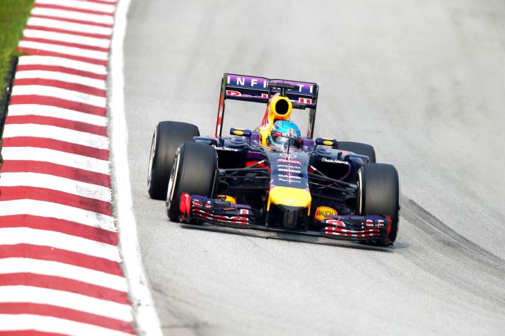 Formula 1 Rauch wallpaper