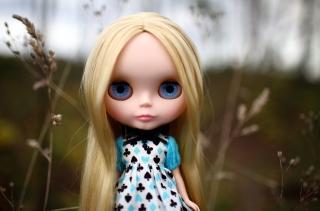 Blonde China Doll With Blue Eyes - Obrázkek zdarma pro 800x480