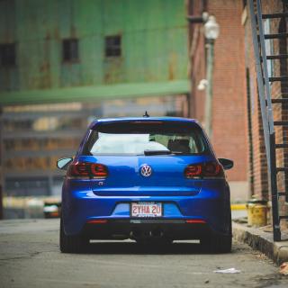 Volkswagen Golf R - Obrázkek zdarma pro 128x128