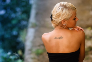 Posh Tattooed Blonde Background for Android, iPhone and iPad