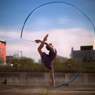 Beautiful Gymnastics - Obrázkek zdarma pro iPad mini 2