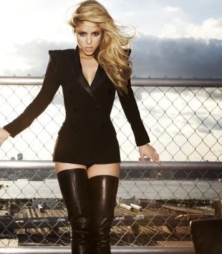 Shakira Tigh High Black Boots - Obrázkek zdarma pro 128x160