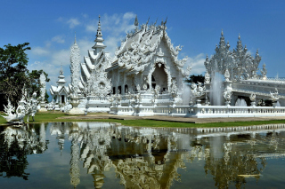 Wat Rong Khun Background for Android, iPhone and iPad