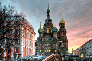 Free Church In Saint-Petersburg Picture for Android, iPhone and iPad