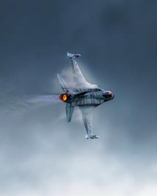 F 16 Fighting Falcon - Obrázkek zdarma pro iPhone 4