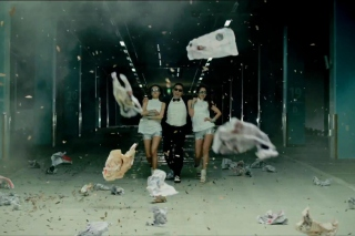 Free Psy - Gangnam Style Video Picture for Android, iPhone and iPad