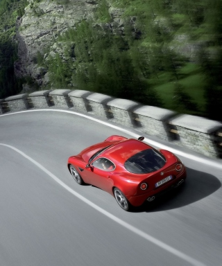 Red Alfa Romeo - Obrázkek zdarma pro Nokia C7