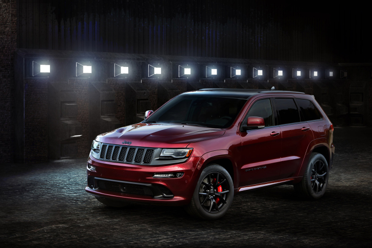 Jeep Grand Cherokee SRT 2016 wallpaper