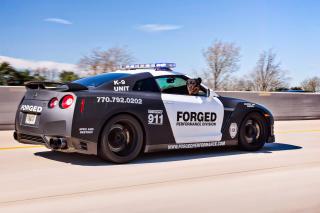 Police Nissan GT-R - Obrázkek zdarma pro Fullscreen 1152x864