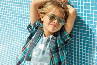 Stylish Little Boy In Sunglasses - Obrázkek zdarma pro 1920x1080