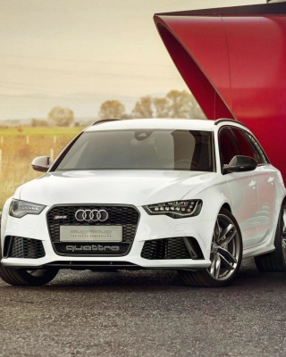 Audi RS6 Quattro - Obrázkek zdarma pro Nokia C2-02