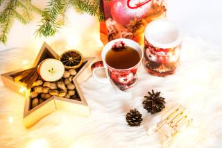 Christmas Tree Ornaments - Obrázkek zdarma pro 176x144