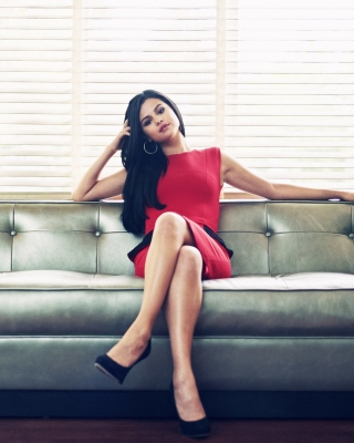 Selena Gomez - Obrázkek zdarma pro Nokia Asha 502