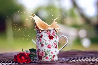 Free Coffee With Milk In Flower Mug Picture for Android, iPhone and iPad