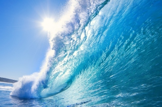 Free Blue Wave Picture for Android, iPhone and iPad