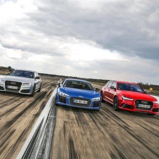 Audi RS 7, RS 6, R8 - Obrázkek zdarma pro iPad Air
