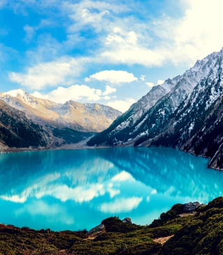 Big Mountain Lake - Obrázkek zdarma pro 320x480