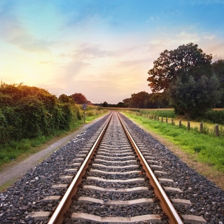 Scenic Railroad Track - Obrázkek zdarma pro iPad 3