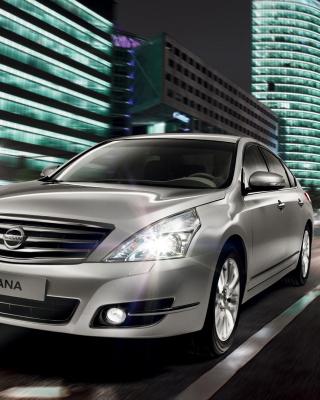 Nissan Teana - Obrázkek zdarma pro iPhone 5S