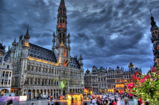 Brussels Grote Markt and Town Hall Wallpaper for Android, iPhone and iPad