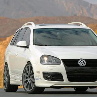Volkswagen Jetta TDI SportWagen - Obrázkek zdarma pro iPad mini 2