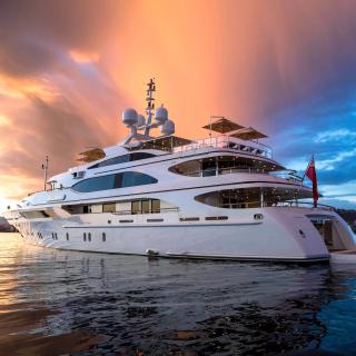 Superyacht In Miami - Obrázkek zdarma pro 208x208