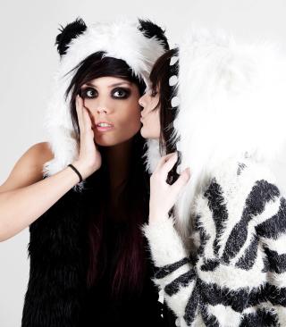 Panda Girls Costume - Obrázkek zdarma pro Nokia Asha 503