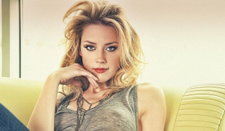 Free Amber Heard 2013 Picture for Android, iPhone and iPad