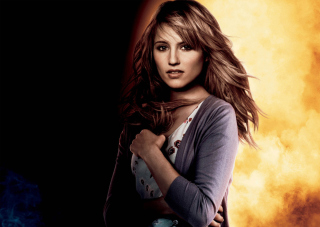 Dianna Agron Background for Android, iPhone and iPad